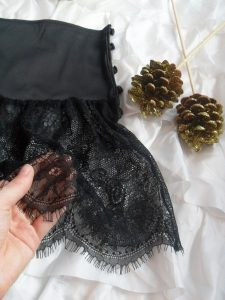 Review: Playful Promises Bettie Page Retro Lace French Knickers