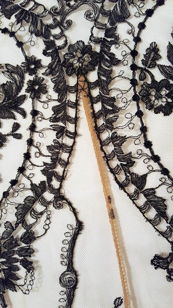 Embroidery detail of the 'La Naissance De Venus' slip by I.D. Sarrieri. Photo by K. Laskowska